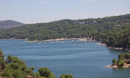 Playas madrile as cinco piscinas naturales madrid me for Piscinas naturales el paular